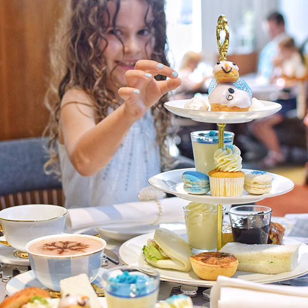 To celebrate the launch of mini movie, Olaf's Frozen Adventure, Sofitel Sydney Wentworth are holding a range of Frozen family experiences.