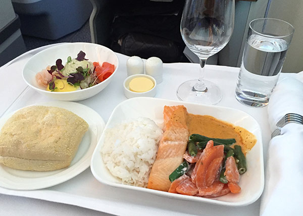 Review: Emirates A380 Business class from Sydney to Christchurch