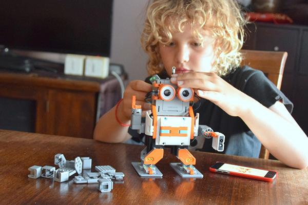 UTech Jimu AstroBot