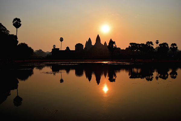 Siem Reap with Kids - Angkor Wat Sunrise