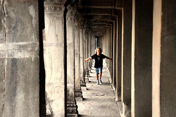 Angkor Wat columns SiemReap