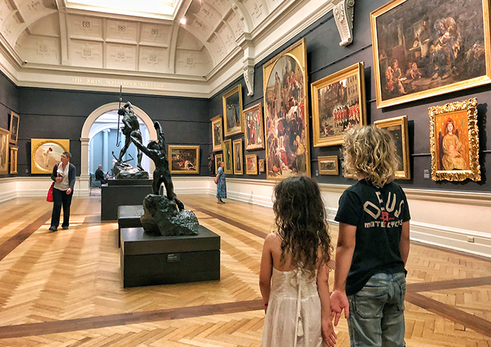Kids at the Art Gallery of NSW