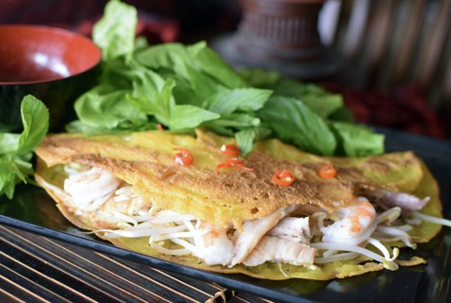 Banh Xeo (Crispy Vietnamese Pancakes)