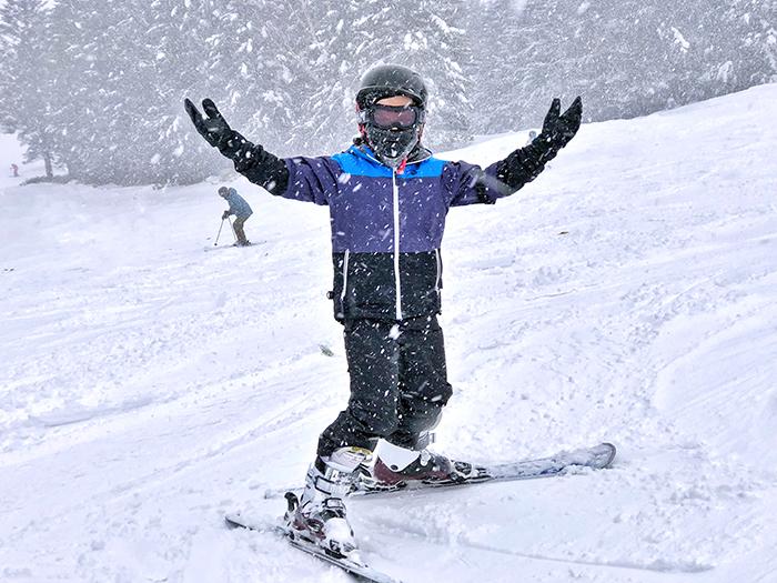 Snowing at Hoshino Resorts Tomamu