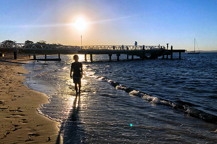 Port Stephens with kids: Sunset at Shoal Bay Jetty