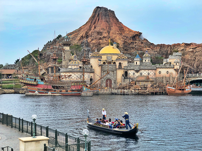 Tokyo DisneySea with Kids. Photo by Aleney de Winter ©Disney