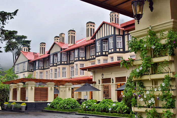 things to do in Sri Lanka with kids: Stay at The Grand Hotel