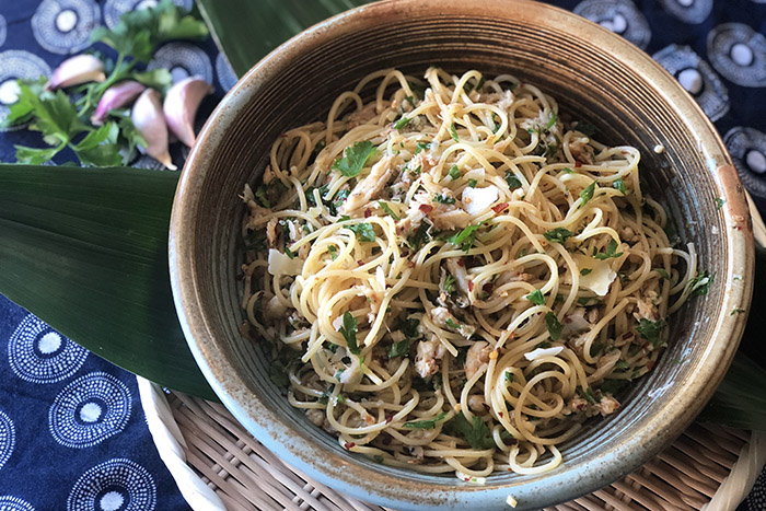 Spaghetti Aglio e Olio with crab and lemon myrtle