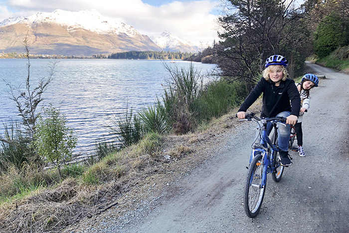 Queenstown with kids: Cycling around Lake Wakitipu on bikes from The Rees