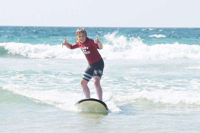 Aussie family adventures - Surfing with Walkin on water Gold Coast © Aleney de WInter