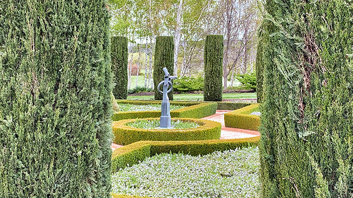 Manicured gardens at Mayfield