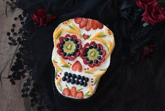 Day of the Dead pavlova recipe for Halloween