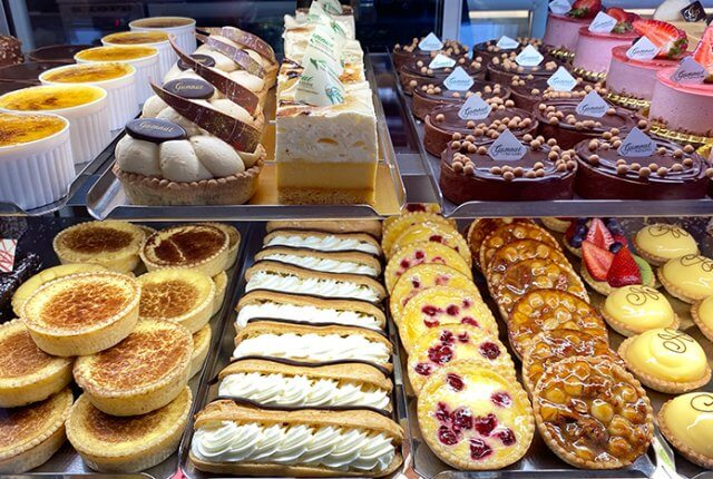 Best Bowral restaurants and cafes: Pastries at Gumnut Patisserie Bowral