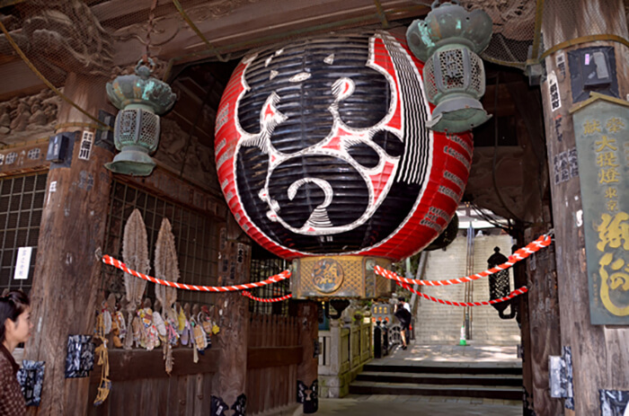 accessible travel in Japan - Naritasan Shinshoji Temple Narita