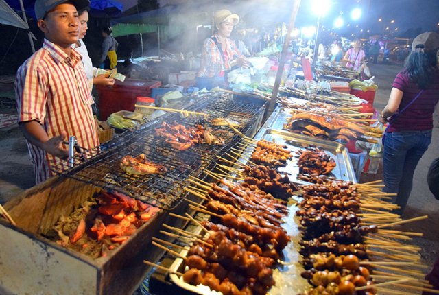 What to expect from Cambodian Cuisine: Barbecue on 60 road