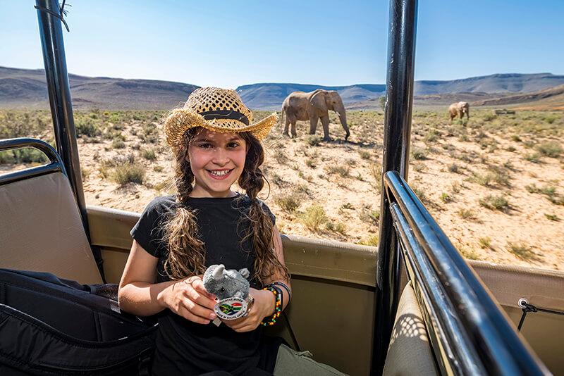 Elephant action at Aquila © Sherilea Gaspar/South African Tourism