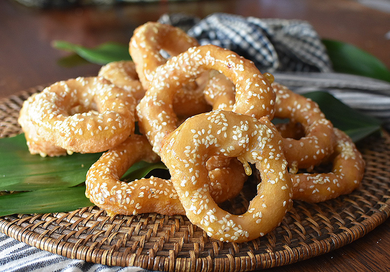 Noum Kong Cambodian Doughnut recipe